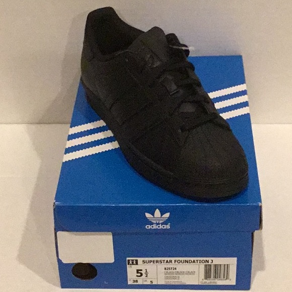 adidas Other - Adidas superstar unisex sneakers youth size US 5.5